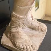 cap piede sandalo